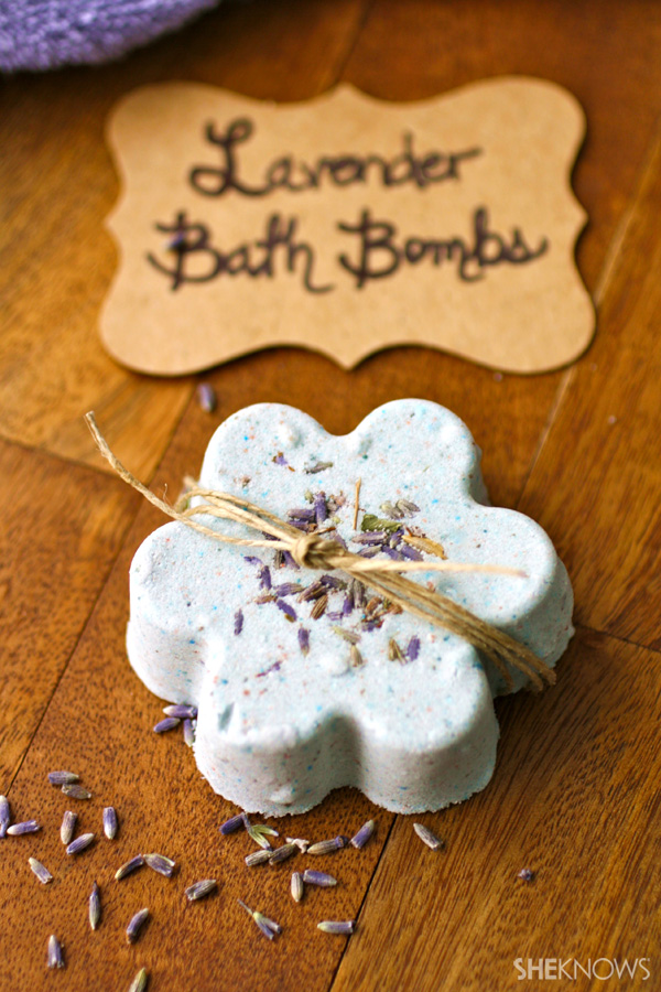 diy-lavender-bath-bombs-main