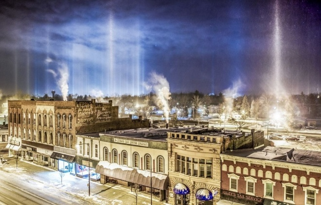 The 100 best photographs ever taken without photoshop - Alien invasion in Charlotte, USA